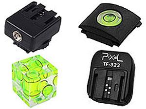 Уровни и адаптеры на горячий башмак фотокамер